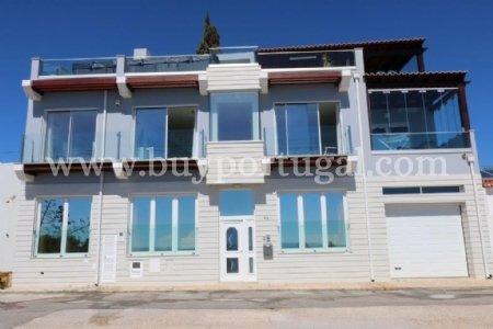 4 Bedroom Villa Praia da Luz, Western Algarve Ref: GV060