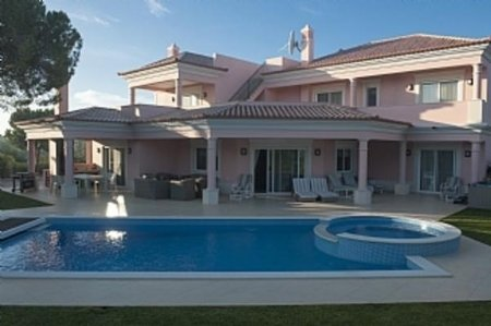 4 Bedroom Villa Vilamoura, Central Algarve Ref: DV5122