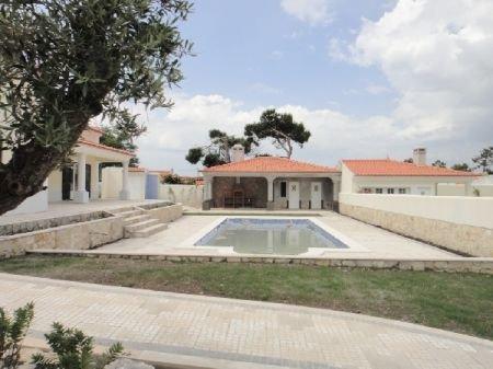 4 Bedroom Villa Obidos, Silver Coast Ref: AV828