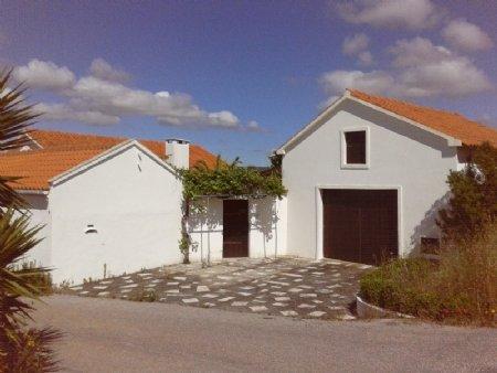 5 Bedroom Villa Alcobaca, Silver Coast Ref: AV1540