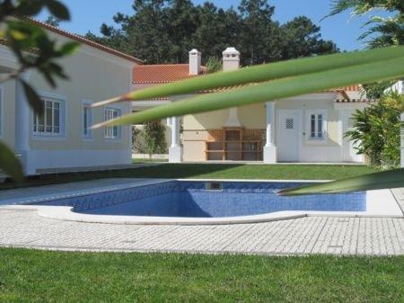 5 Bedroom Villa Obidos, Silver Coast Ref: AV829