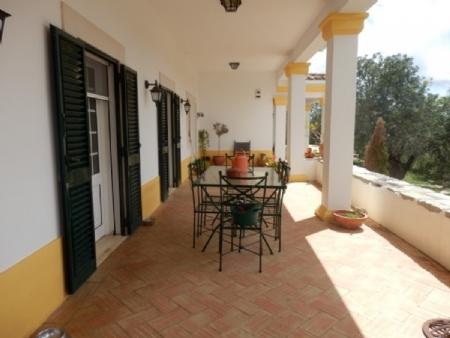 4 Bedroom Villa Sao Bras de Alportel, Central Algarve Ref: BV2242