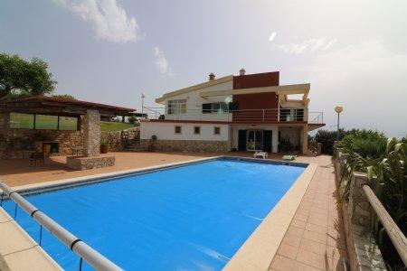 4 Bedroom Villa Sao Bras de Alportel, Central Algarve Ref: JV10055