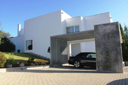 4 Bedroom Villa Sao Bras de Alportel, Central Algarve Ref: PV3085