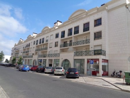3 Bedroom Apartment Caldas da Rainha, Silver Coast Ref: AA308