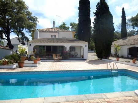 5 Bedroom Villa Sao Bras de Alportel, Central Algarve Ref: BV2266