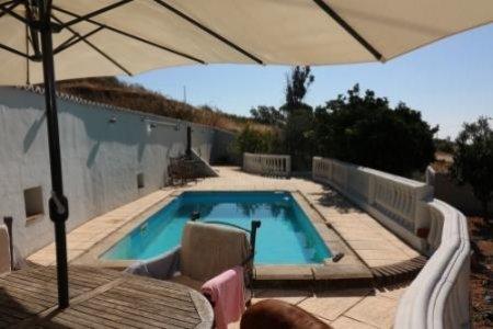 3 Bedroom House Santa Catarina da Fonte do Bispo, Eastern Algarve Ref: JV10085