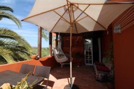 2 Bedroom Villa Sao Bras de Alportel, Central Algarve Ref: JV10076