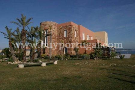 7 Bedroom House Lagos, Western Algarve Ref: GV453