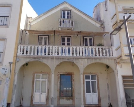 4 Bedroom House Cadaval, Silver Coast Ref: AV1652