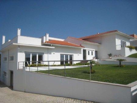 5 Bedroom Villa Foz do Arelho, Silver Coast Ref: AV1660