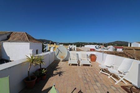 2 Bedroom Townhouse Moncarapacho, Eastern Algarve Ref: JV10115