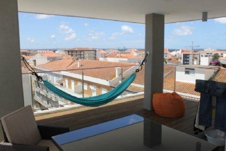 4 Bedroom Apartment Caldas da Rainha, Silver Coast Ref: AA326
