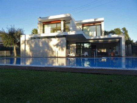 5 Bedroom Villa Sesimbra, Blue Coast Ref: AV1735