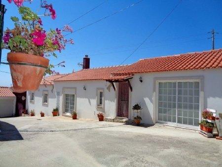 4 Bedroom Villa Obidos, Silver Coast Ref: AV1748
