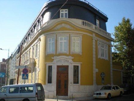 2 Bedroom Apartment Lisbon, Lisbon Ref: AAL7