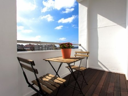 3 Bedroom Apartment Lisbon, Lisbon Ref: AAM10
