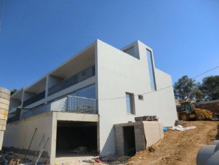 5 Bedroom Villa Lisbon, Lisbon Ref: AVM14