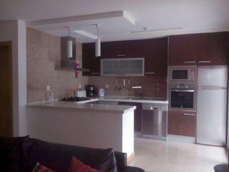 2 Bedroom Apartment Sao Martinho do Porto, Silver Coast Ref: AA227