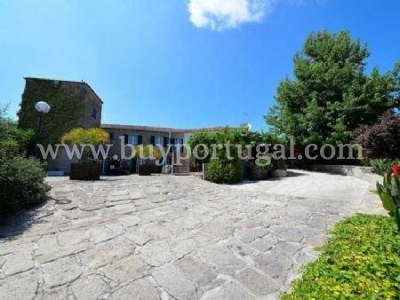5 Bedroom House Vila Nova de Gaia, Porto Ref: AVP10