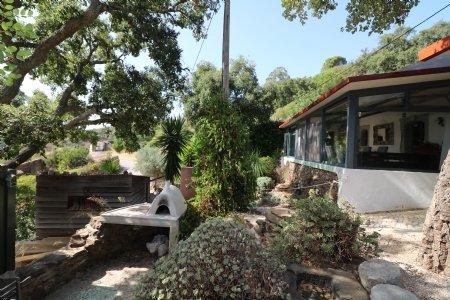 2 Bedroom House Santa Catarina da Fonte do Bispo, Eastern Algarve Ref: JV10194