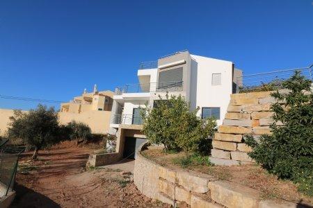 4 Bedroom Villa Sao Bras de Alportel, Central Algarve Ref: JV102139