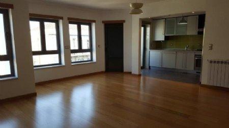 2 Bedroom Apartment Lisbon, Lisbon Ref: AA342