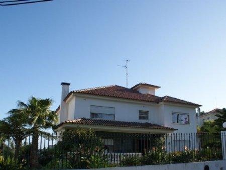 5 Bedroom Villa Estoril, Lisbon Ref: AVM22