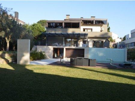 7 Bedroom Villa Estoril, Lisbon Ref: AVM23