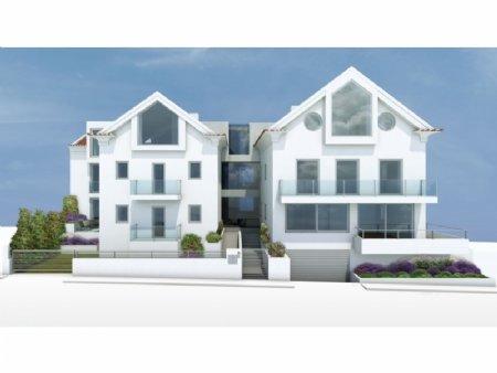 3 Bedroom Apartment Estoril, Lisbon Ref: AAL24