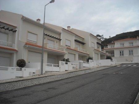 4 Bedroom Townhouse Sao Martinho do Porto, Silver Coast Ref: AV1816