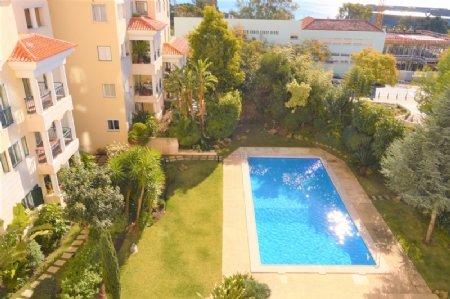 3 Bedroom Apartment Estoril, Lisbon Ref: AAL29