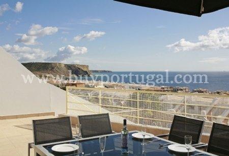 2 Bedroom Townhouse Praia da Luz, Western Algarve Ref: GV531