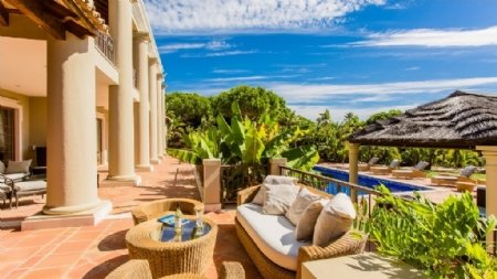 5 Bedroom Villa Quinta Do Lago, Central Algarve Ref: AVA1