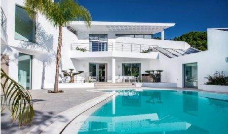 6 Bedroom Villa Quinta Do Lago, Central Algarve Ref: AVA4