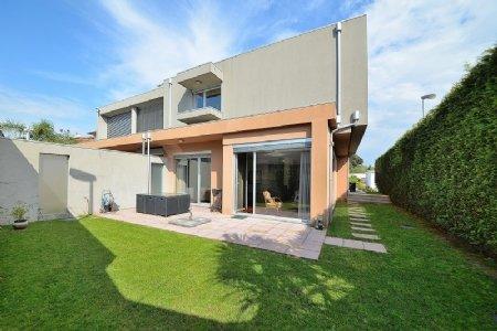4 Bedroom Villa Porto, Porto Ref: AVP25