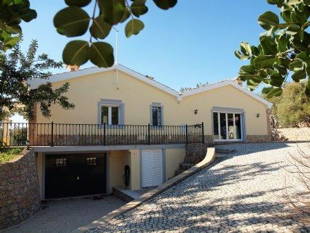 3 Bedroom Villa Sao Bras de Alportel, Central Algarve Ref: LV5353