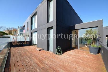 4 Bedroom Villa Vila Nova de Gaia, Porto Ref: AVP27