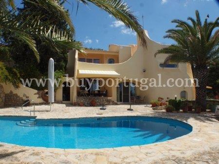 5 Bedroom Villa Santa Barbara de Nexe, Central Algarve Ref: LV5368