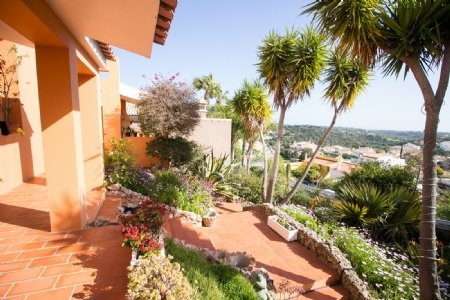 4 Bedroom Villa Loule, Central Algarve Ref: PV3338