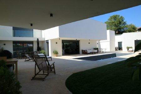 6 Bedroom Villa Cascais, Lisbon Ref: AV1883