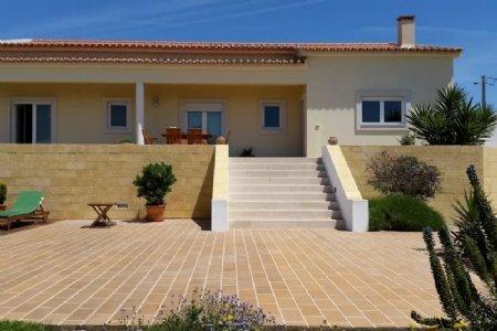 3 Bedroom Villa Obidos, Silver Coast Ref: AV1885