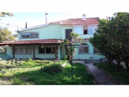 4 Bedroom Villa Cascais, Lisbon Ref: AVL32