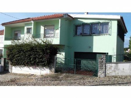 4 Bedroom Villa Cascais, Lisbon Ref: AVM32