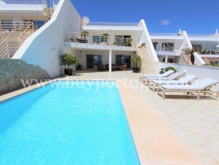 4 Bedroom Villa Praia da Luz, Western Algarve Ref: GV542