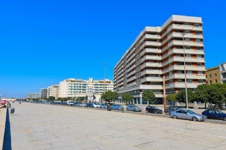 3 Bedroom Apartment Porto, Porto Ref: AAP20