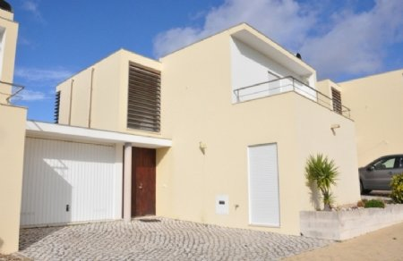 2 Bedroom Villa Sesimbra, Blue Coast Ref: AV1831