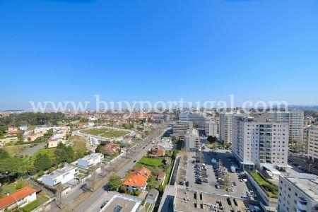 4 Bedroom Apartment Porto, Porto Ref: AAP19