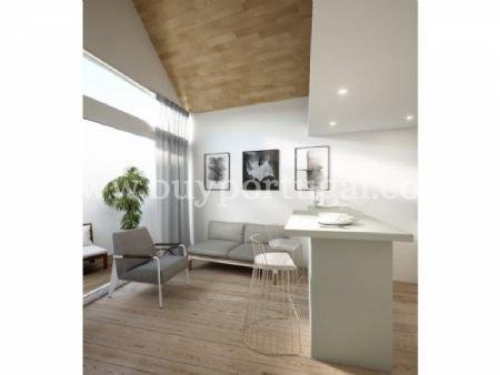 1 Bedroom Apartment Vila Nova de Gaia, Porto Ref: AAP17
