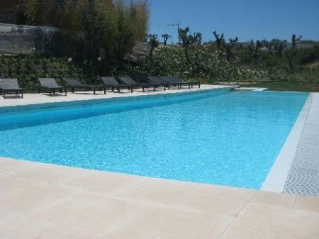 2 Bedroom Townhouse Obidos, Silver Coast Ref